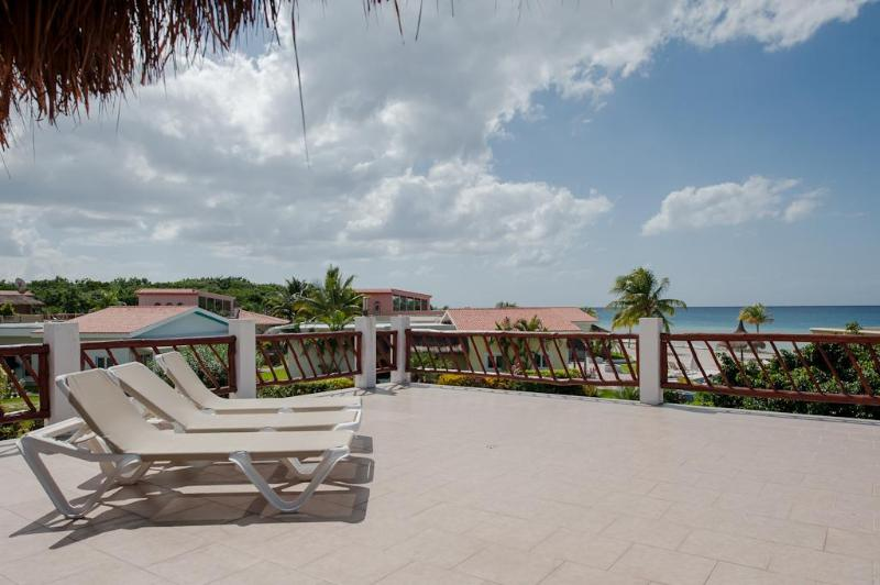 Relax in an oceanfront community