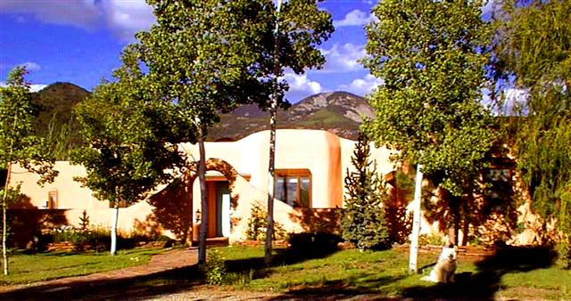 Taos Mountain viiews in Los Altos with stream & private setting