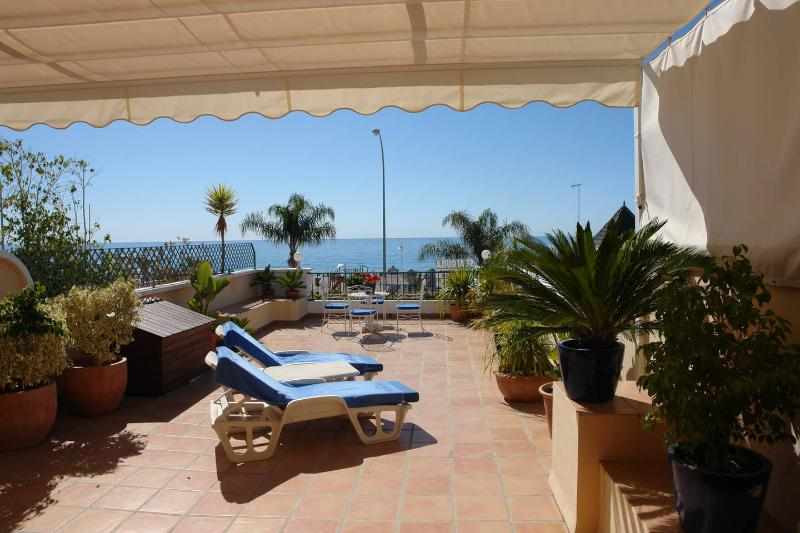 Private terrace of 70 m2 with see views