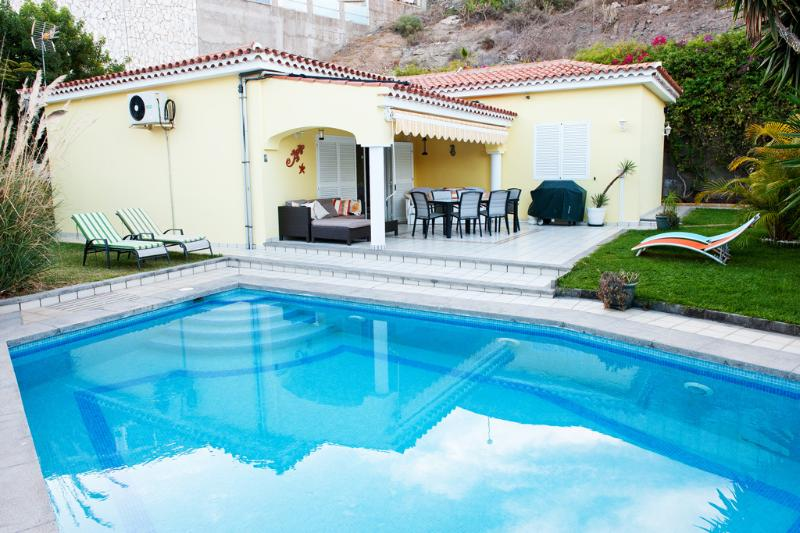 Villa - Patio Area & Swimming Pool