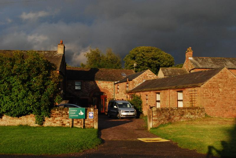 A dramatic sky to welcome visitors !