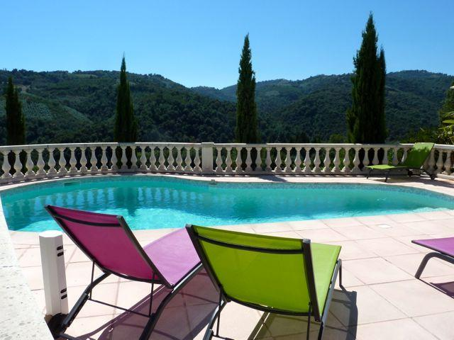 Pool with a view of cork oak forest and wild mimosas