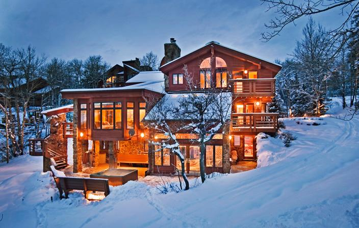 Chateau at Trails Edge: Rare ski-in/ski-out access. Ski right to your back door!