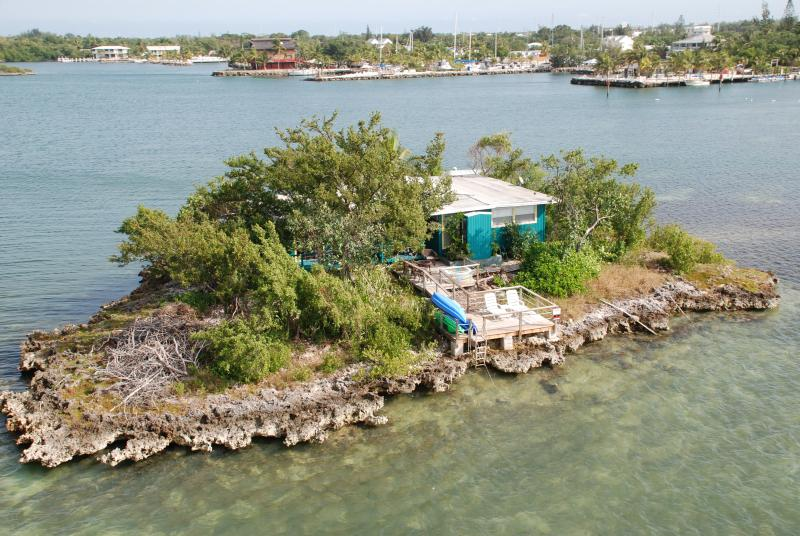 Your Private Island with shore power and water!