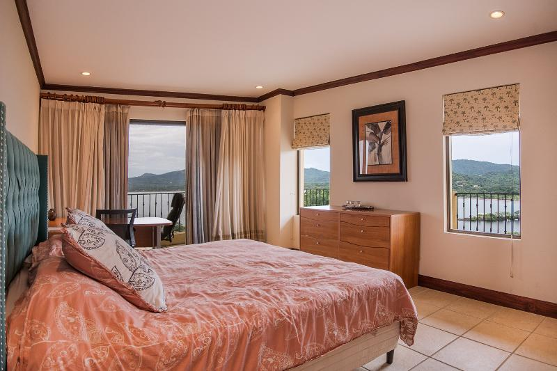 Amazing Ocean views from all rooms