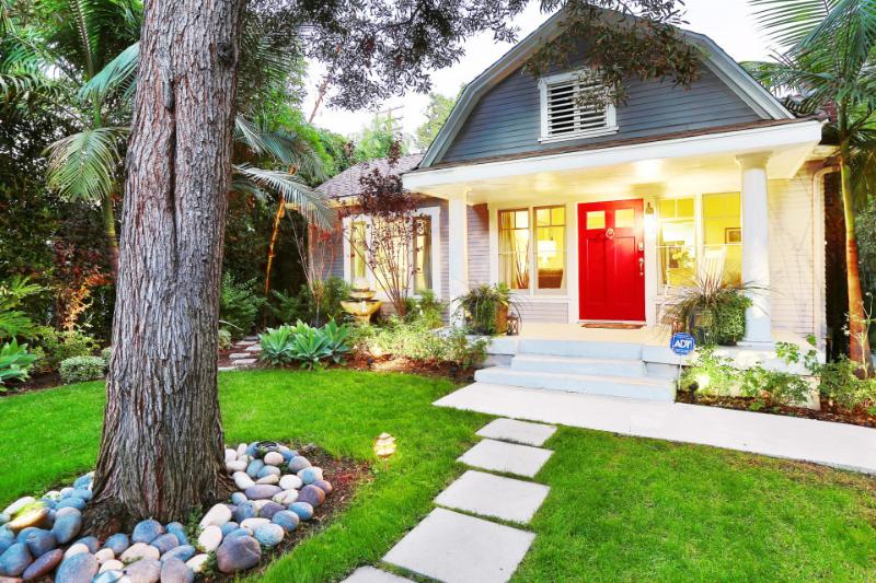 Exterior   West Hollywood Cottage   Luxury Vacation Rental by Owner
