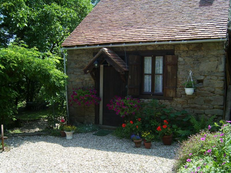 Walnut Cottage is waiting for you to relax and unwind