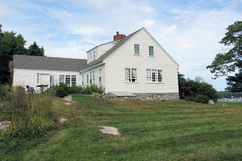 1780 Farmhouse at Harborfields on the Shore
