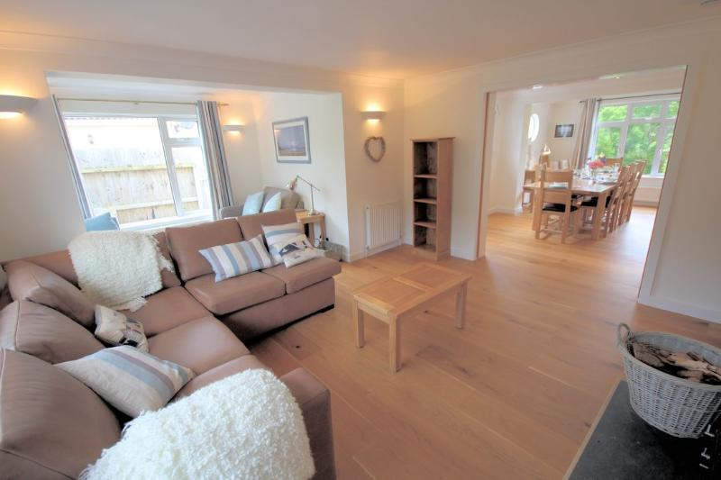 White Cottage Croyde Holiday Cottages Lovely Living Areas