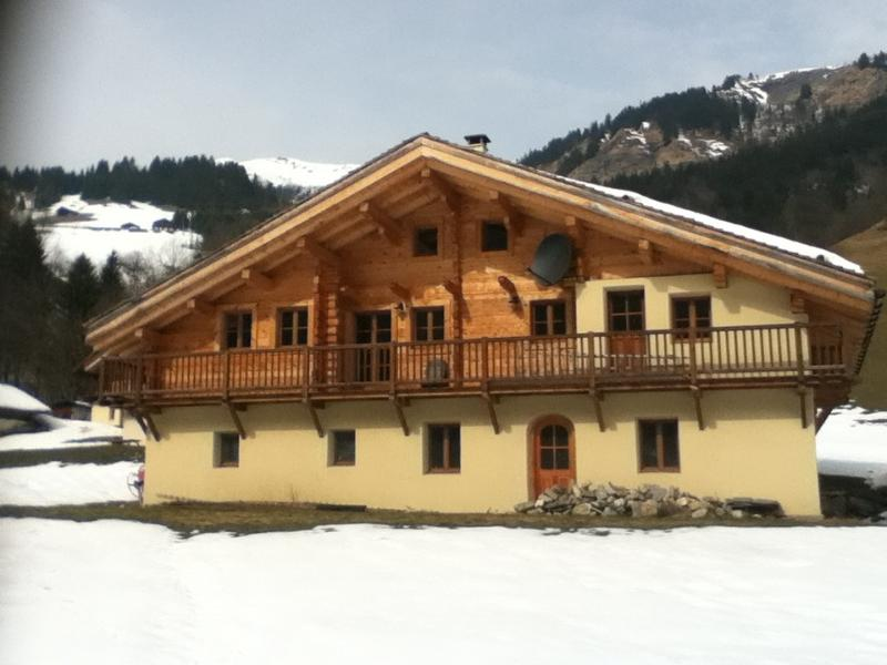 Chalet Very Joly in April