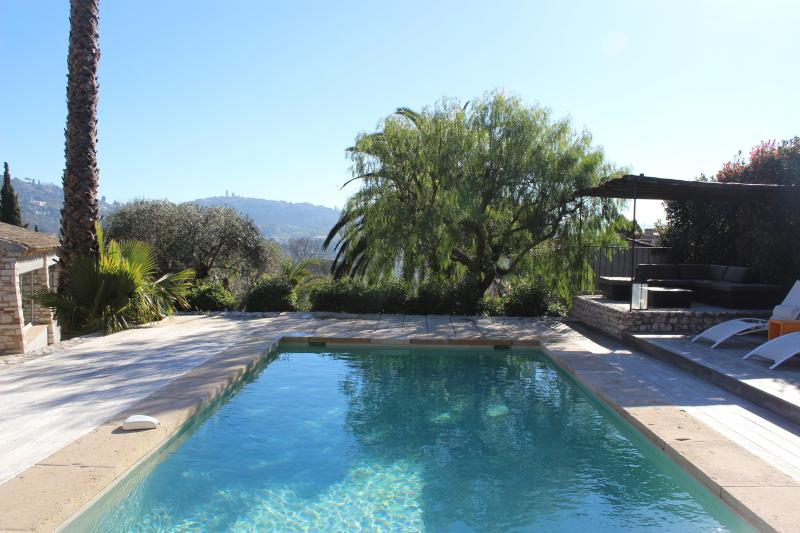 Swimming pool and view on Saint Paul de Vence