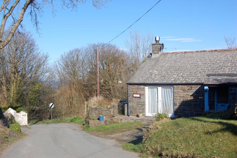 Country cottage on the lane that goes to the beach