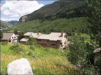 Scenic East Vail Location on Shuttle Route
