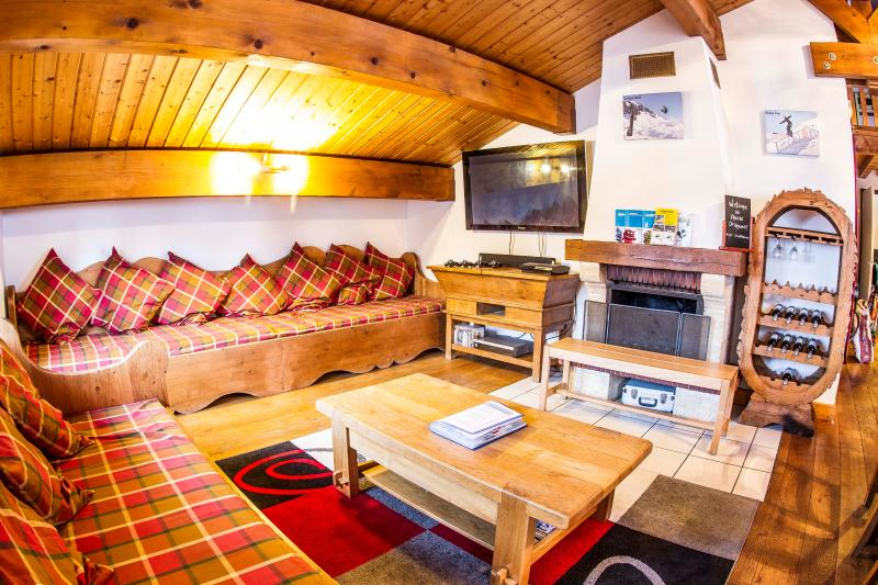 Spacious and Fully Equipped Living Area
