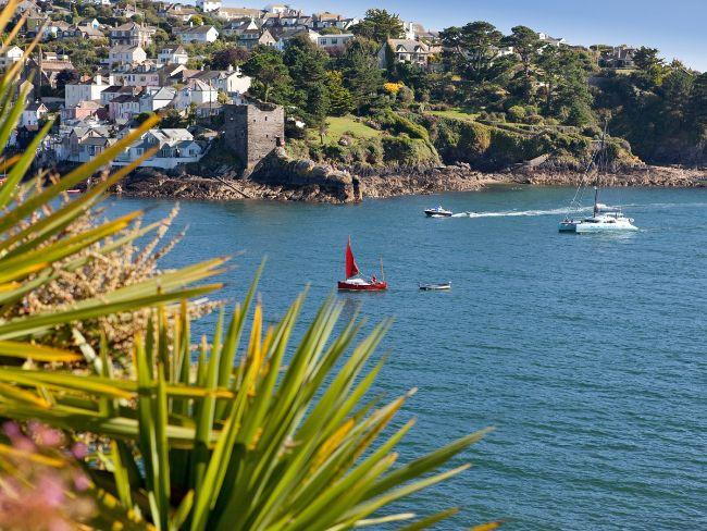 Enjoy the lovely River Fowey, a short stroll from the property