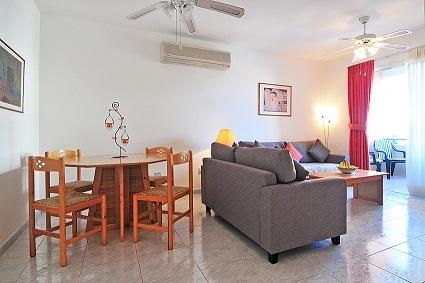 apartment LIKA in Paphos with swimming pool