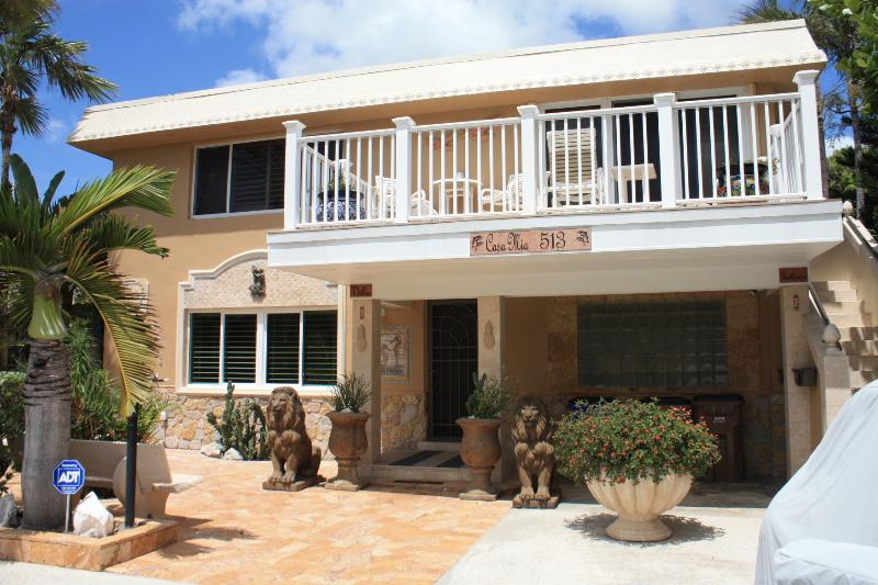 BEACH VILLA RENTALS - DEERFIELD BEACH, FLORIDA