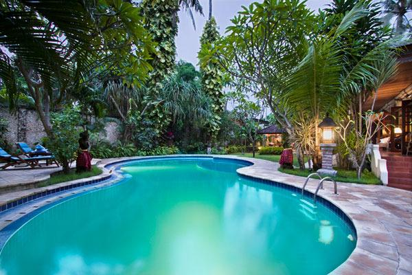 Private Swimming Pool with Children Section - Family 3 Bedroom Pool Villa Baliana