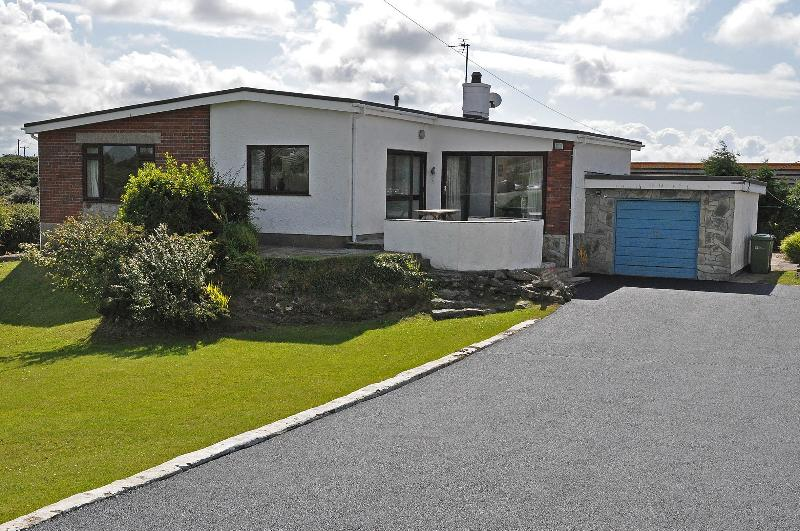 Exterior of the cottage, Tyr-yr-craig, with ample parking and easy access