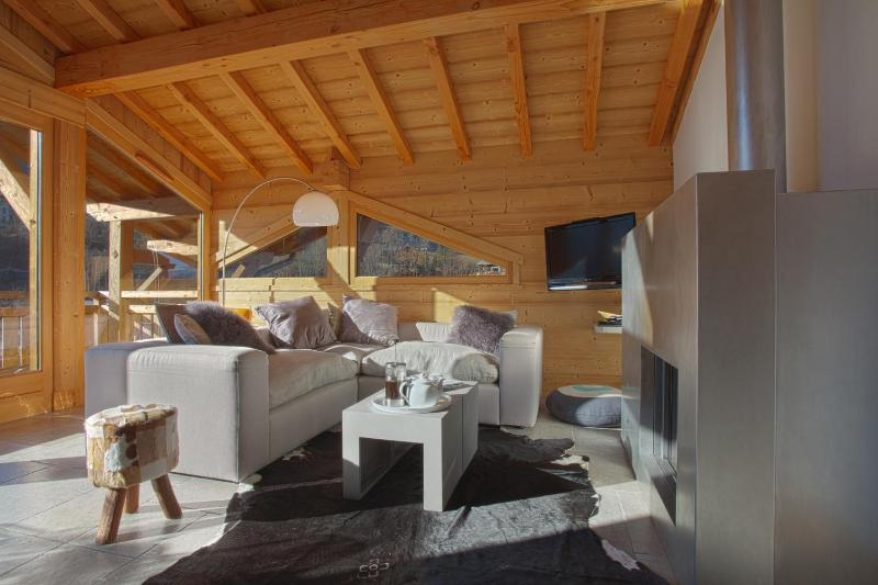 Luxury Penthouse Apartment - Central Morzine