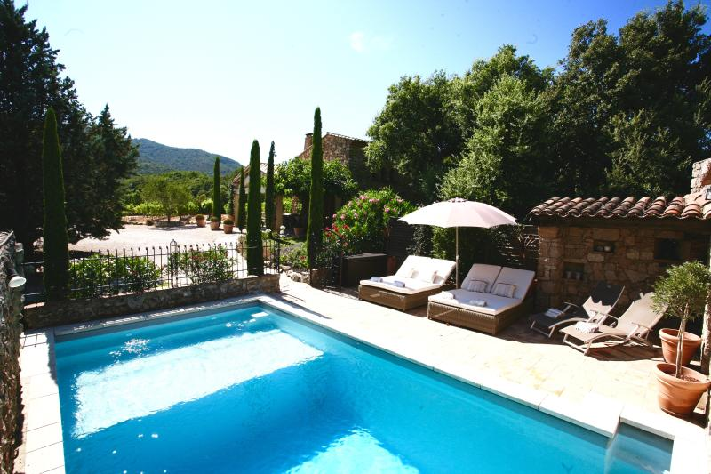 Bastide 1 pool terrrace and landscaped grounds