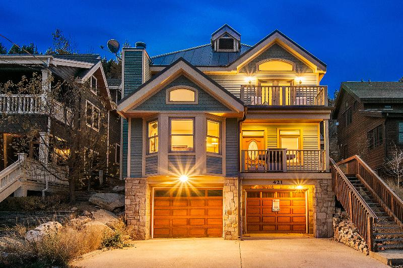 Ski-in/Ski-Out access and 2 staircases to Main Street =BEST Location in Park City
