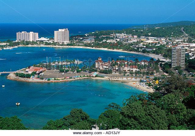 Coast line view of Ocho Rios