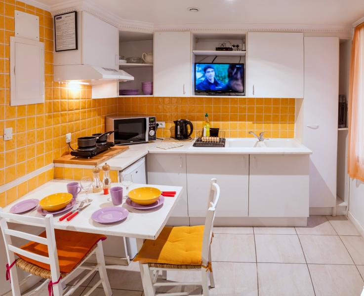 spotless clean tidy kitchen with everything you will need for a comfortable stay