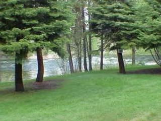 Lodge style condo on the Payette River. Walk to the lake., McCall