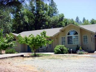 Very clean, well taken care of. Has all the things that you need and more!, Groveland