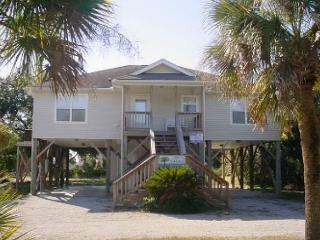 Parrish - 4BR Beach Walk Home On Bike Path, Isola Edisto
