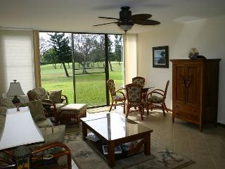 Hale Mokulani *** Available for 30 night  rentals, please call, Kahuku