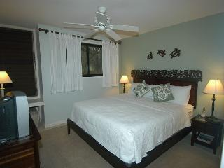 Hale Kai *** Available for 2 people, for 2 nights, up to 30 nights or more., Kahuku