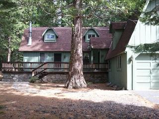 Large mountain home- near Pinecrest Lake