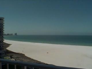 Stunning - newly remodeled beachfront Condo in pristine Resort on the Gulf of Mexico, Marco Island
