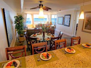 Luxury Oceantfront Condo, 5br/4ba, Spa, Huge Kitchen, P908-2, Oceanside