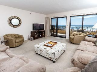 SD 208:Large beachfront unit- WiFi, balcony, pool, tennis,Free Beach Chairs, Fort Walton Beach
