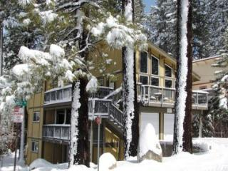The Perfect Ski Chalet for 10 ~ RA758, South Lake Tahoe