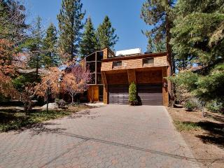 Organic Architectural Style Tahoe Home, located in a Lakefront Community (SK05) - South Lake Tahoe vacation rentals