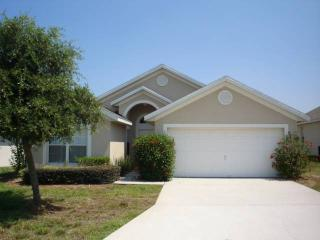 4BR surrounded by golf course, 10 min to shops PC129, Davenport