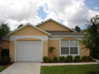 Impressive 3BR house 20 min drive from Disney - KL2912E, Haines City
