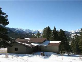 The Salmans Bear Cove: Panoramic RMNP Views, 1 Acre Lot, 4 Bdrms, Wildlife, Estes Park