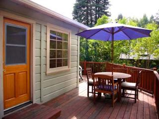 Olive Cottage Russian River Dog Friendly Vacation Home
