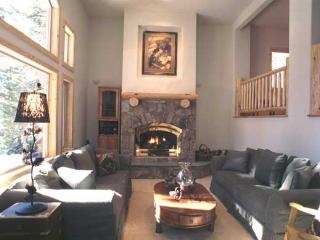 House with 4 BR/5 BA in Incline Village (323WW)