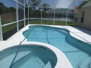Fantastic Pet-Friendly Aker Woods Vacation House, Kissimmee