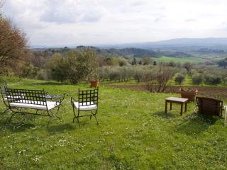 Farmhouse Rental in Tuscany, Mercatale Val di Pesa - Casa dei Frati with Cottage - Paris vacation rentals