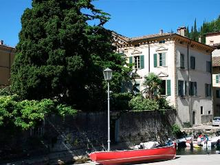 Apartment Rental on Lake Garda - Casa Maderno, Gardone Riviera