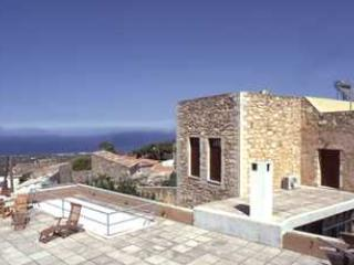 Greek Island Villa on Crete in an Ancient Village - Villa Theseus, Maroulas