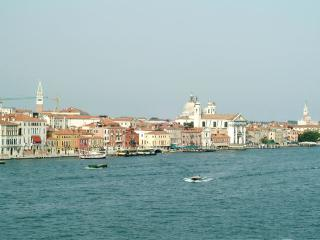 Apartment Rental in Venice City, Dorsoduro - Giudecca 8, Frioul-Vénétie Julienne