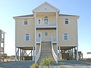 35 Porpoise Place, North Topsail Beach